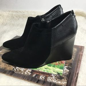Vince Camuto Black Suede Wedge Booties Size 8M